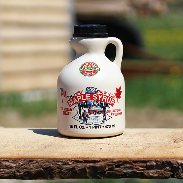 Maple-Syrup-Pint-of-Maple-Syrup-in-Plastic-Jug
